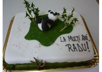 Tort cu urs panda si bambus