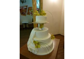 Tort nunta cu orhidee naturale
