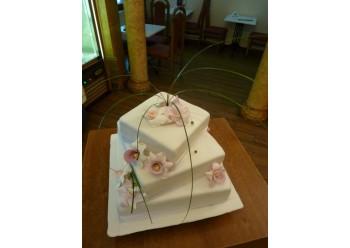 Tort nunta cu orhidee din zahar