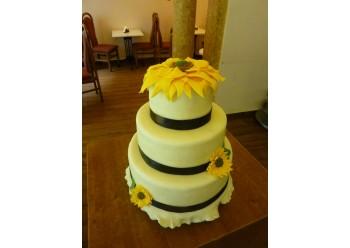 Tort nunta cu floarea soarelui