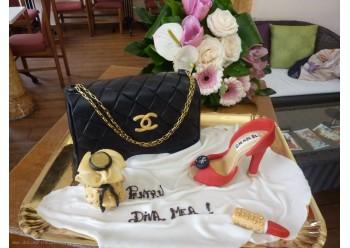Tort cu geanta Chanel